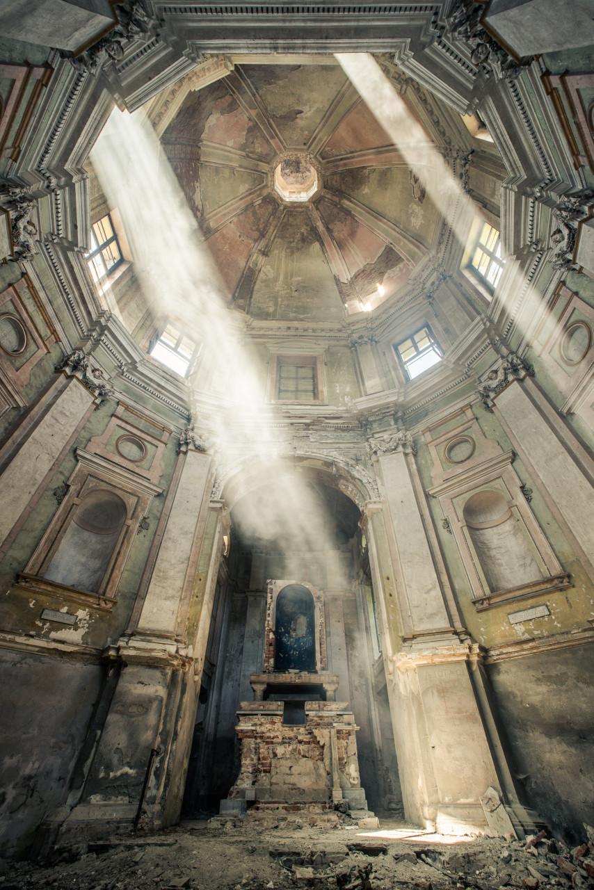 Derelict Chapel, Italy, 2013