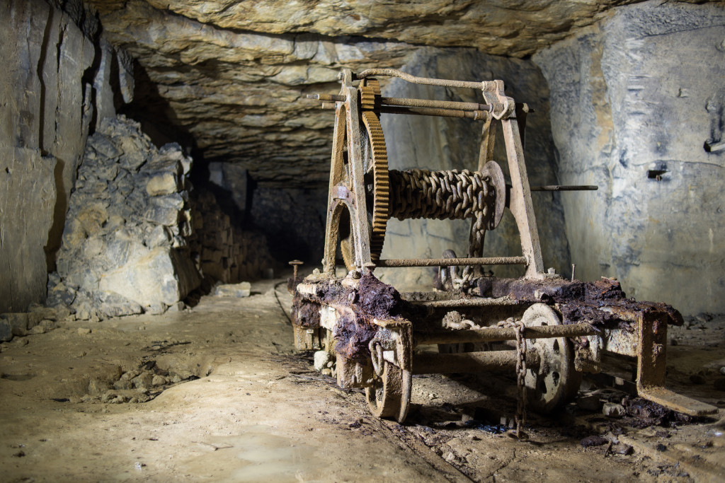 Miner's Winch Truck
