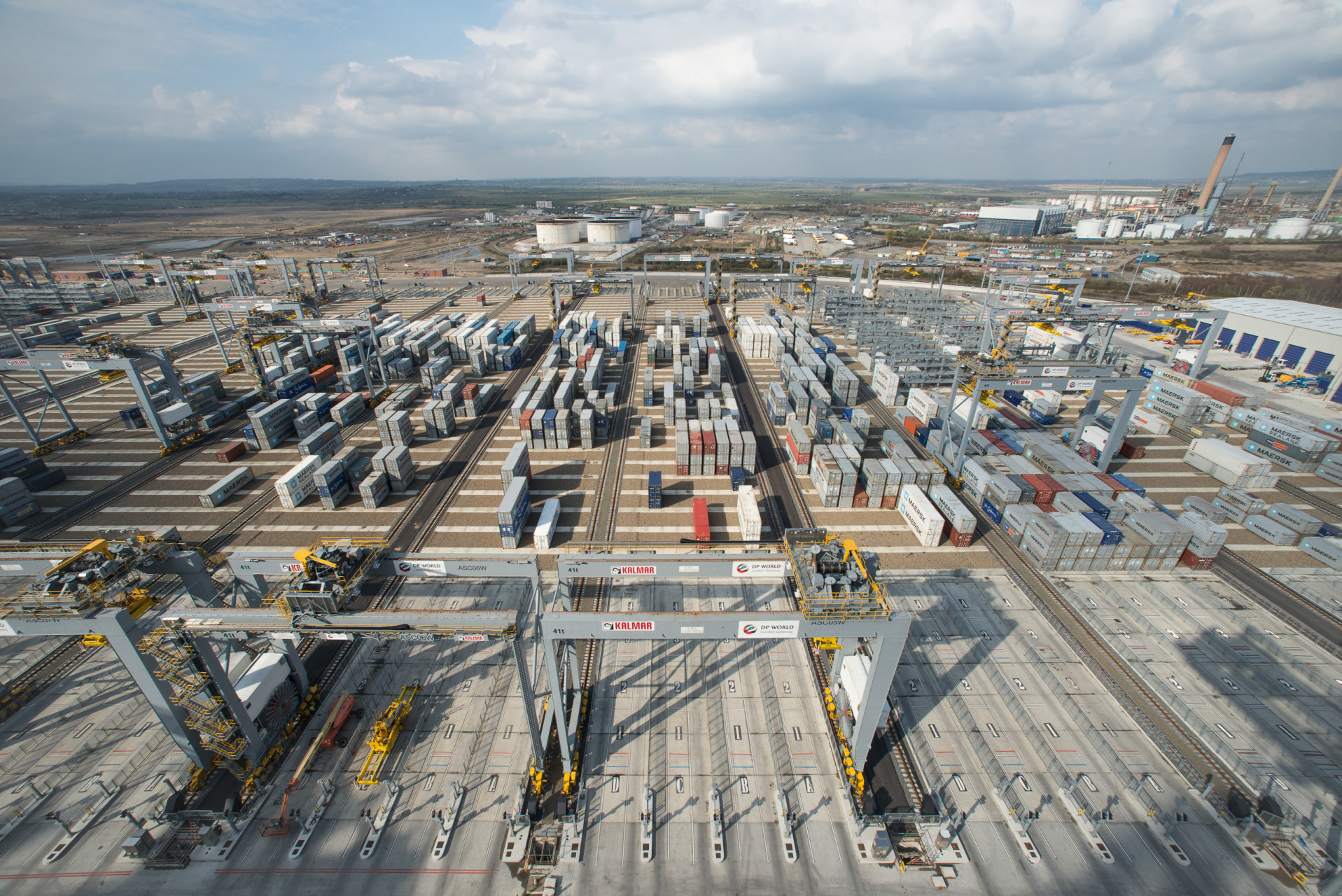 London Gateway Port, Berth 1